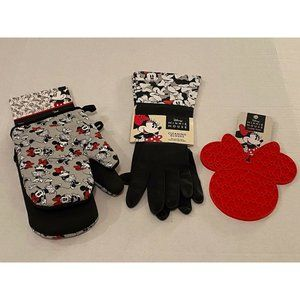 Disney Minnie Mouse 2 Cleaning Gloves 2 Oven Mitts